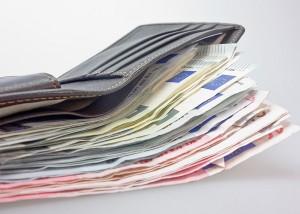 SCHUFA Bonität Portemonnaie Geld Euro