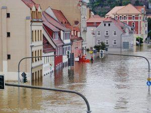 Hochwasser Häuser Flut Überschwemmung