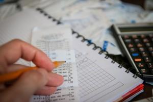 Privatinsolvenz Bild Kosten berechnen Bon Bleistift