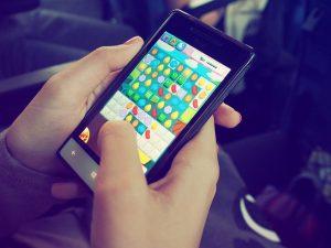 handy smartphone spiel zocken