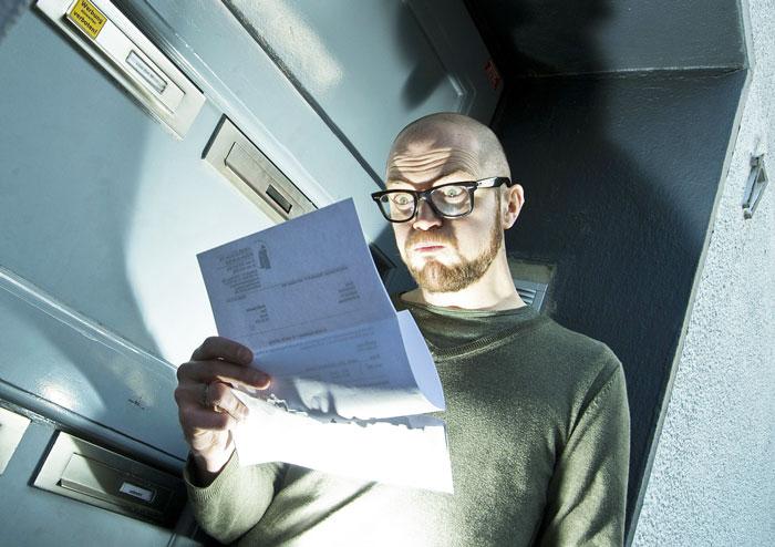 Schock Rechnung Briefkasten Nebenkostenabrechnung Schuldenfalle