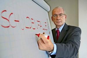 Peter Zwegat Raus aus den Schulden Foto: RTL