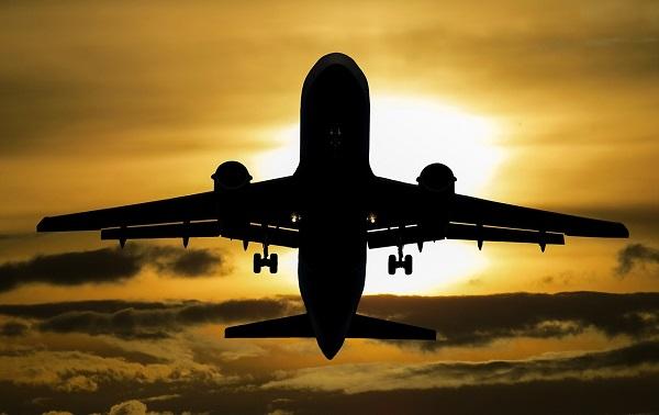Flugzeug wegfliegen Mahnbescheid im Urlaub Widerspruch