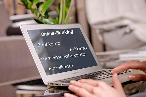 konto schulden laptop banking