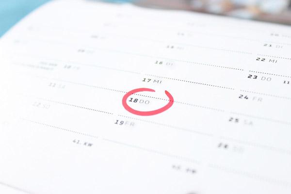 Schulden stunden Kalender Termin Datum markiert