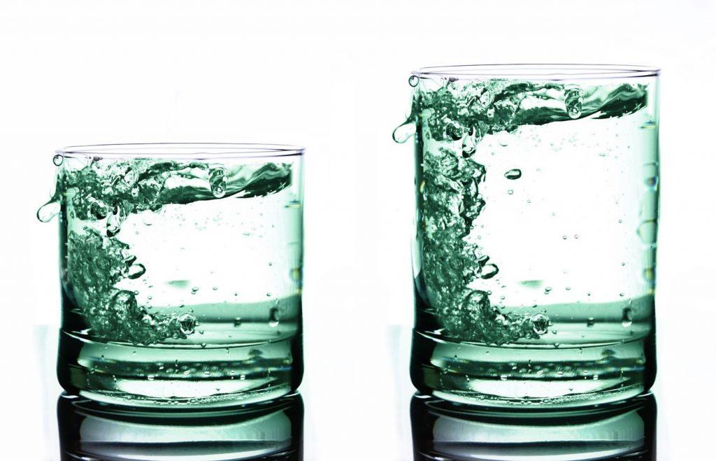 Unterschied Gläser klein groß Witwenrente